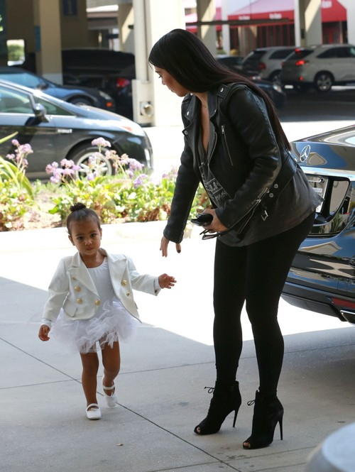 Kim Kardashian Bad Mom: Treats North West Like An Accessory, Not Her Daughter According To Celebrity Parenting Report Card