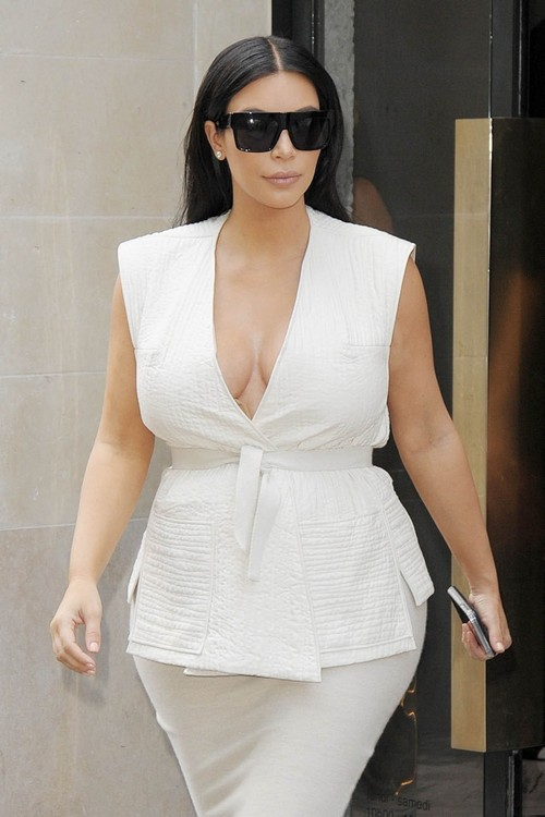 Kim Kardashian Divorce: Amber Rose Ruins Marriage - Kanye West Caught Looking At Nude Pictures?