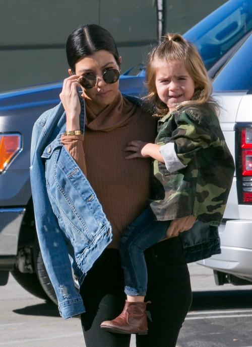 Justin Bieber Hookup Kim Kardashians Sister
