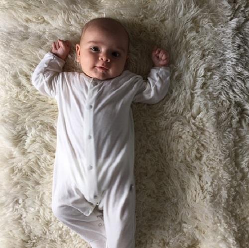 Kourtney Kardashian Shares First Photo Of Son Reign Aston Disick - See Adorable Pic Here! (PHOTO)