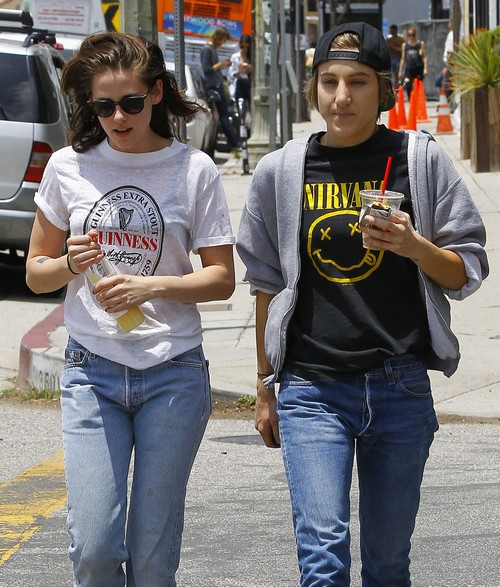 Kristen Stewart and Alicia Cargile Marriage Report: Twilight Star Confirms She Married Girlfriend In Secret Wedding?