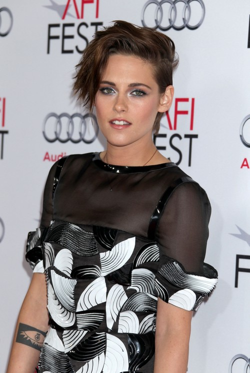 Kristen Stewart Betrayed and Insulted by Dakota Fanning's Support of Robert Pattinson and FKA Twigs' Love Affair