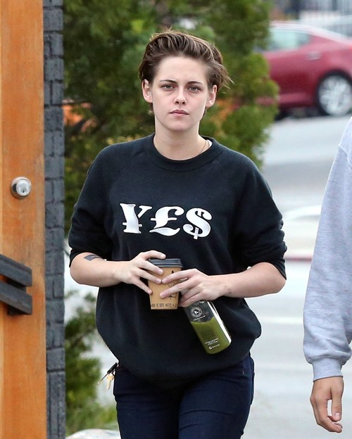 Kristen Stewart Disgusted Robert Pattinson Used by FKA Twigs Used To Get Vogue Magazine Photo Shoot and 2015 Breakout Star Title