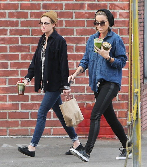 Kristen Stewart Taking Alicia Cargile As Her Oscar Date: When Will Dating Couple Come Out Officially?
