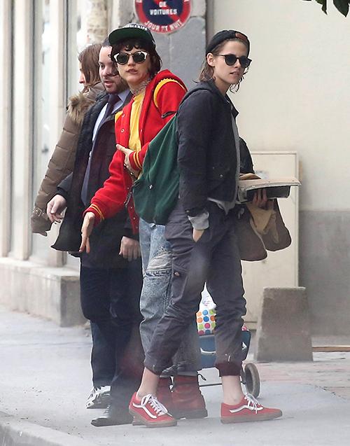 Kristen Stewart's SoKo Relationship Mocking Robert Pattinson and Fiancée FKA Twigs?
