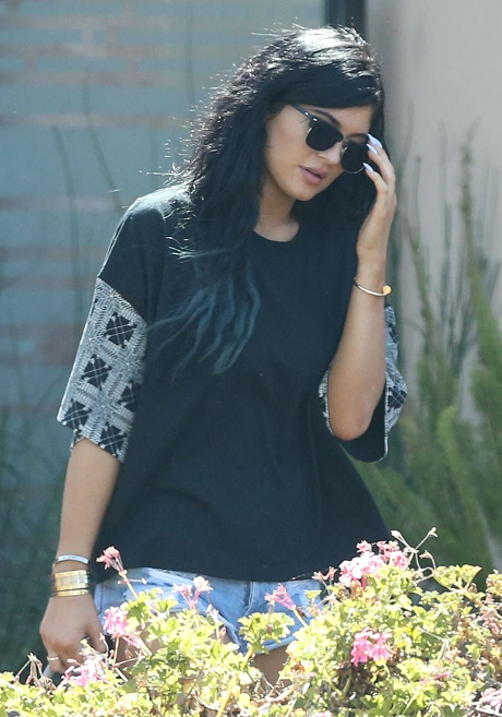 Kylie Jenner's 'Kylie Hair Kouture' Launch - New Business Venture Desperate Attempt To Standout!
