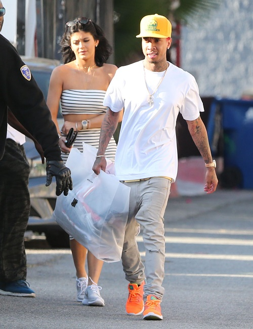 Tyga Dating Kylie Jenner Officially: Using Kylie For Money - Rapper Says It's Okay To Date A Teenager If They're A Millionaire