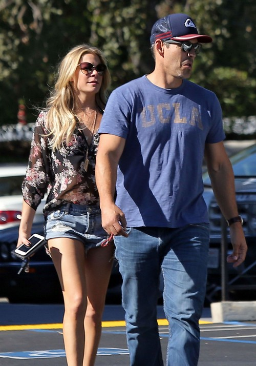 LeAnn Rimes Divorce Rumors: Eddie Cibrian Cheating With Mystery Girlfriend: Avoiding Paparazzi, Having an Affair? (PHOTOS)