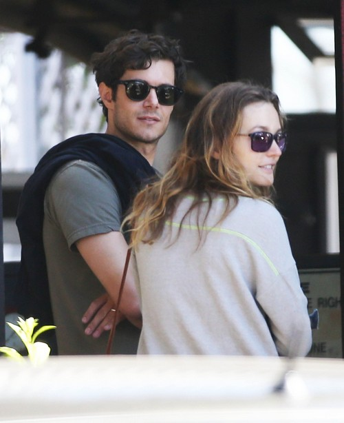 Leighton Meester and Adam Brody Proud Parents of Baby Girl: Give Daughter Super Cute Name!