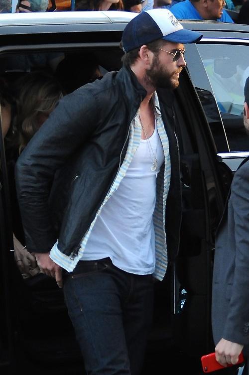 Miley Cyrus, Liam Hemsworth Dating Again: Smooching Hunger Games Ex Post Patrick Schwarzenegger Break-Up?