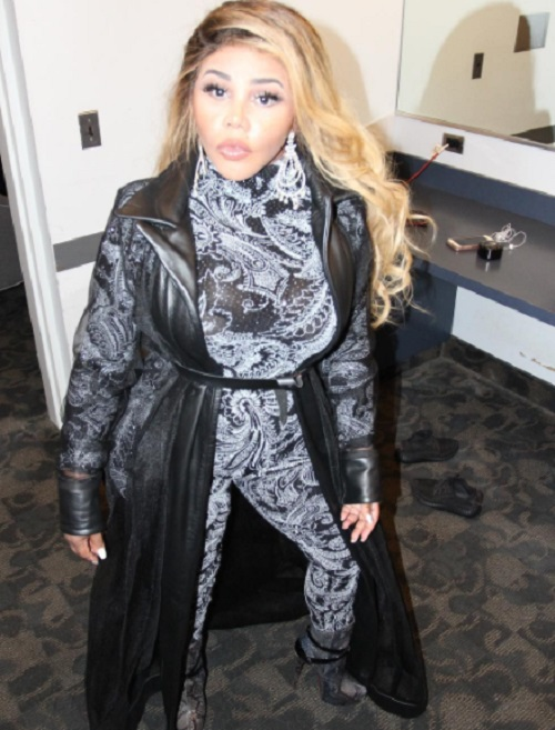 Lil Kim Named Potential Suspect In Robbery Case