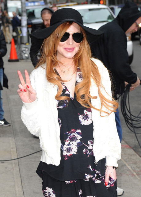 Lindsay Lohan's OWN Reality Show Tanks: Fails To Uphold Her End Of The Contract, Now She's 100% Broke!