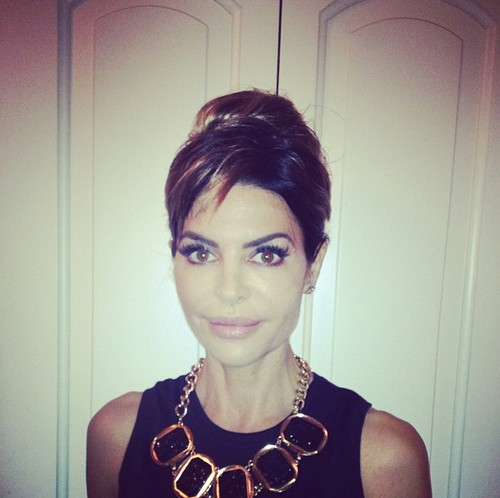 Lisa Rinna Tries To Dress Up As Audrey Hepburn And Marilyn Monroe – Fails Miserably (PHOTO)