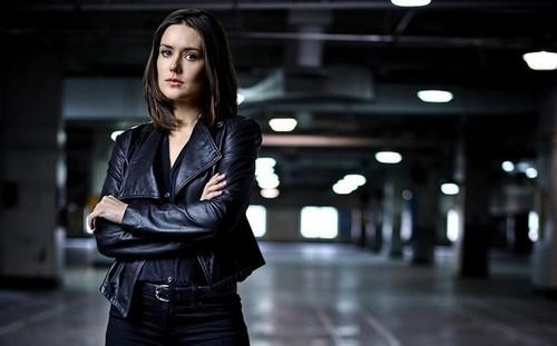 The Blacklist Season 3 Finale Spoilers: Elizabeth Keen Alive in Shocking Twist - Megan Boone Back In Season 4?
