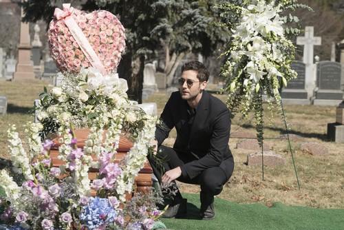 The Blacklist Season 3 Spoilers: Elizabeth Keen Alive, Burying an Empty Casket at Funeral - Megan Boone Silent