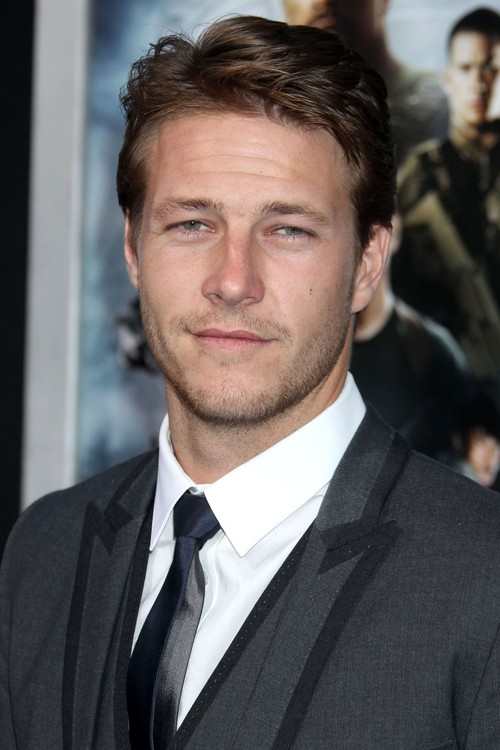Selena Gomez Ex-Boyfriend Luke Bracey Tops Fifty Shades Of Grey Movie List For Christian Grey