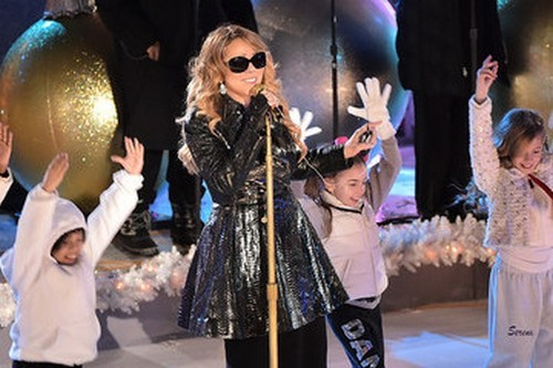 Mariah Carey and LeAnn Rimes' Fight Over Tree Lighting Ceremony At Rockefeller Center - Diva Attitudes Collide!