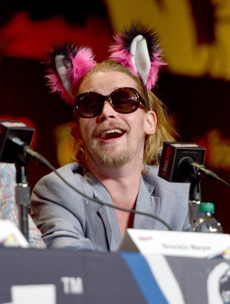 Macaulay Culkin Back On Drugs - Wears Animal Ears at New York Comic-Con (PHOTO)