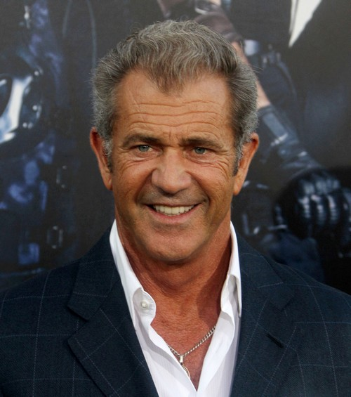Mel Gibson Getting Plastic Surgery Face Lift To Score Movie Roles and Ladies – Tired of Being Mistaken As Daughter's Grandpa?