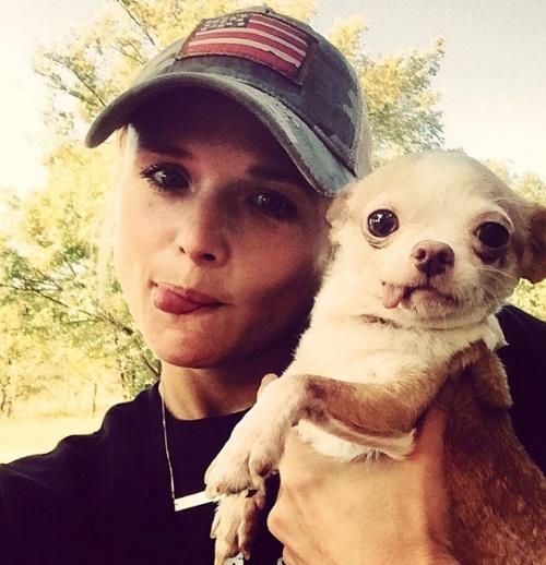 Gwen Stefani Wants Miranda Lambert To Move On From Blake Shelton - Jealous Of Lingering Feelings