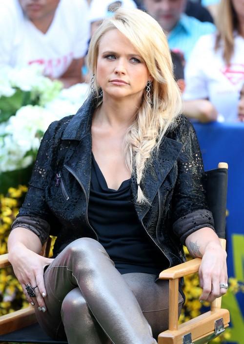 Miranda Lambert Divorce: Blake Shelton Upset As Miranda's Drinking Problem Gets Worse?