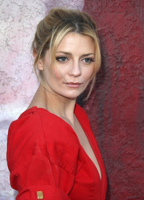 Mischa Barton Makes Red Capet Return, Looks Healthy and Happy