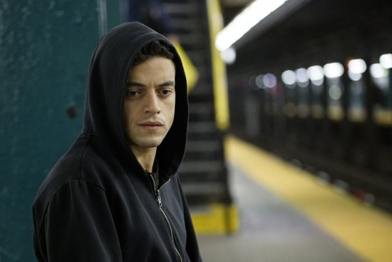 "Mr. Robot Detailed Recap and Spoilers Premiere: Season 1 Episode 1 ""HELLOFRIEND.MOV"""
