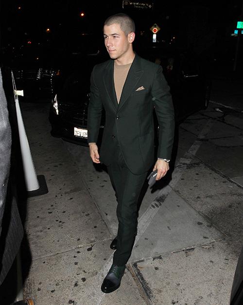 Selena Gomez Crushed Nick Jonas: Discusses Dating Kate Hudson - SelGo Broke Nick's Heart, Kate A Rebound?