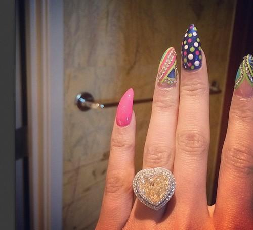 Nicki Minaj and Meek Mill Newly Engaged: Instagram Diamond Engagement Ring?