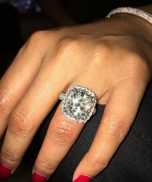 Nicki Minaj and Meek Mill Getting Married: Rocks Engagement Ring From Meek At Court Date, Supporting Future Husband