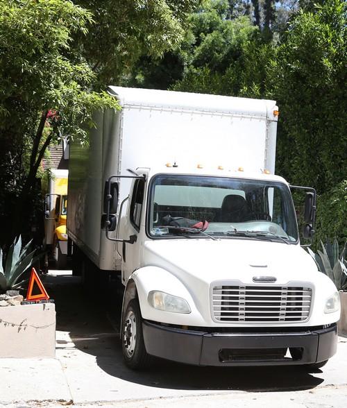 Nicole Richie Divorce: Joel Madden Moves Out - Couple Split Rumors (PHOTOS)