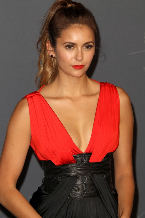 Nina Dobrev Wants To Get Away From Ian Somerhalder and Establish Movie Career: Breaks Vampire Diaries Contract?