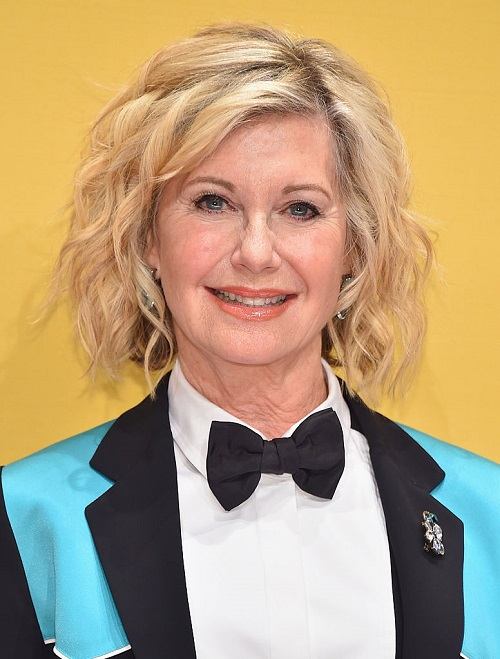 Olivia Newton-John Worried About Daughter Chloe Lattanzi Amid Her Cancer Diagnosis
