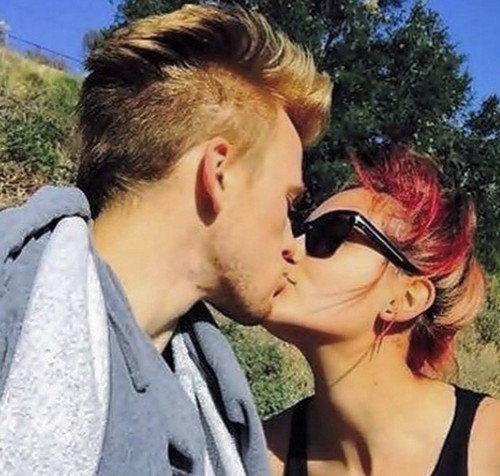 Paris Jackson Married Boyfriend Chester Castellaw - Michael Jackson's Daughter Changes Name On Instagram