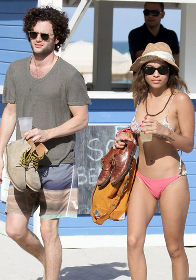 Penn Badgley And Zoe Kravitz Spend The Holidays In Miami