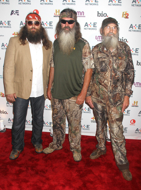 Phil Robertson of Duck Dynasty Receives Major Backlash after Anti-Gay Interview with GQ Magazine