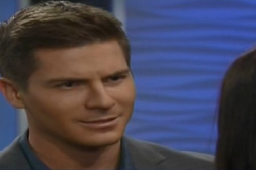 'General Hospital' Spoilers: Paul Tries to Murder Tracy – Ava vs Carly – Jason and Sam Try to Stop Mob War - Valentin Returns