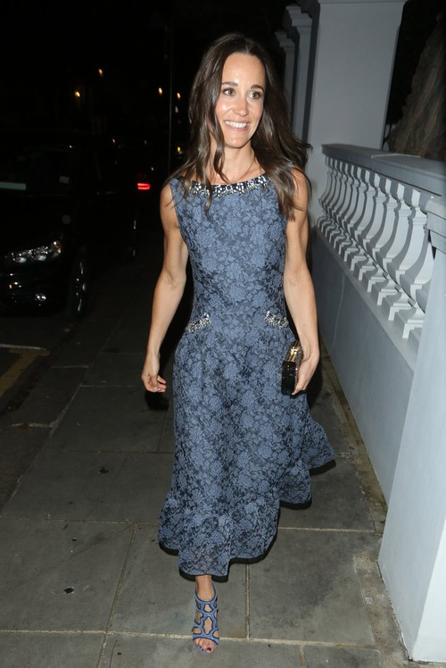 Why Pippa Middleton Should Get Married and Walk Down The Aisle In A Curve-Hugging Gown