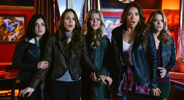 "Pretty Little Liars LIVE Recap and Review: Season 5 Episode 7 ""The Silence of E. Lamb"""