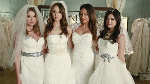 Pretty Little Liars Season 6B Spoilers: Official Winter Premiere Synopsis - Liars' Rosewood Return Greeted With Betrayal!