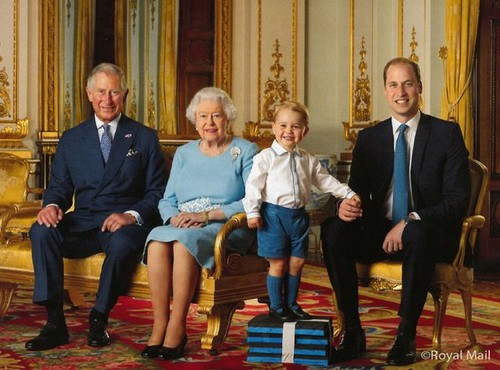 Prince George Huge Happy Grin: Poses With Prince William, Prince Charles and Great Granny Queen Elizabeth