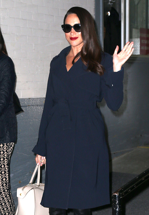 Kate Middleton Afraid Prince Harry's Gorgeous Girlfriend Meghan Markle Steals Spotlight – Worried She'll Be Forgotten!