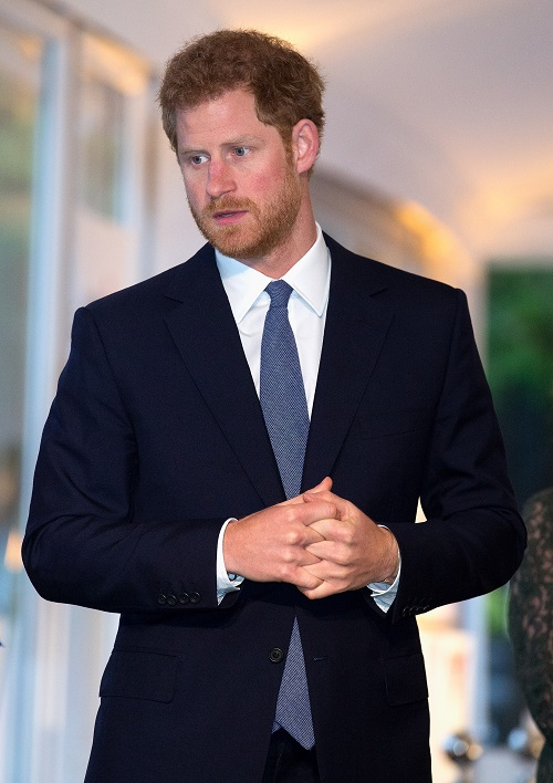 Prince Harry Hosting His First Buckingham Party: Girlfriend Meghan Markle Helping Plan It?