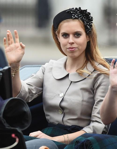 Princess Beatrice Despises Kate Middleton, Chooses Caribbean Vacation Over Royal Christmas - Defies Queen Elizabeth?