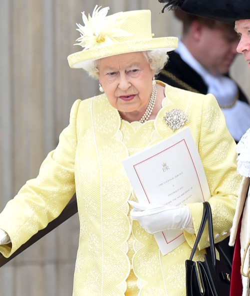 Kate Middleton in Trouble With Queen Elizabeth: Monarch Disapproves of Pippa Middleton, James Matthews Engagement