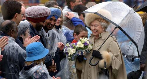 Buckingham Palace Lockdown Plan - Coronavirus Escalation May Force Queen Elizabeth Into Isolation