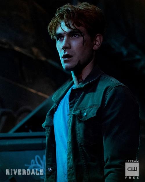 "Riverdale Recap 12/11/19: Season 4 Episode 9 ""Chapter Sixty-Six: Tangerine"""