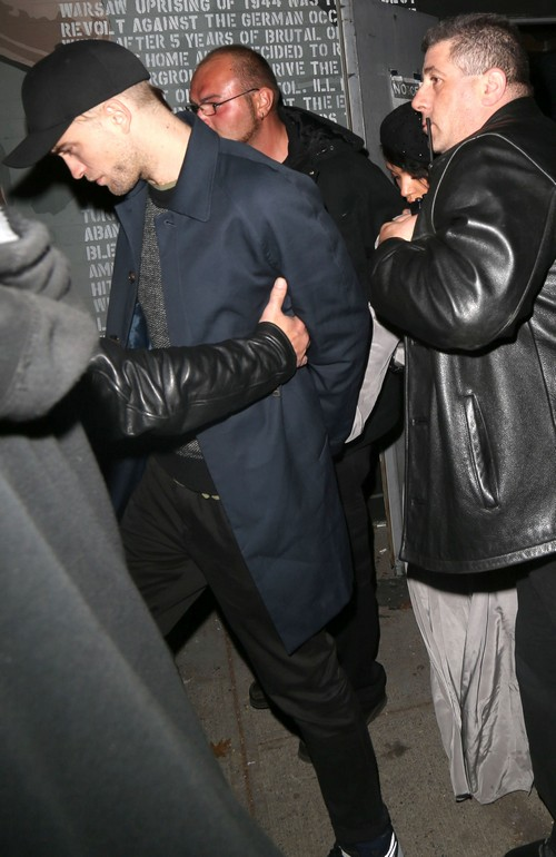 Robert Pattinson's Partying With FKA Twigs Drags Career Down: Girlfriend Bad Influence on RPatz