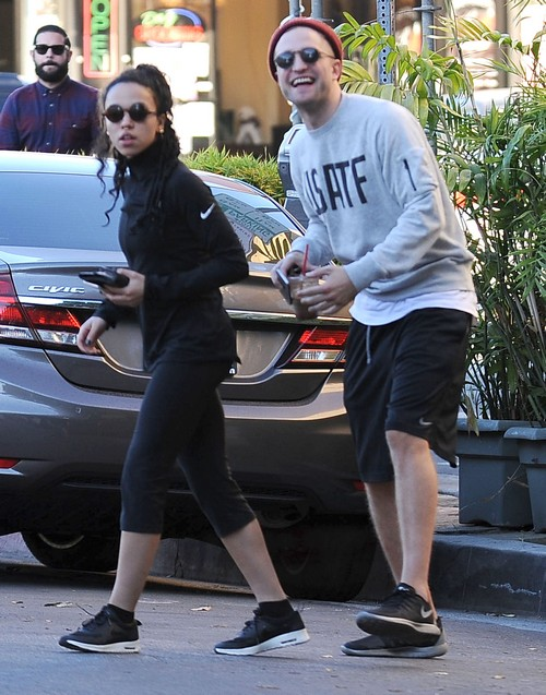 Robert Pattinson Low Class FKA Twigs Butt Grab PDA - Kristen Stewart Warns That FKA Twigs Using RPatz to be Famous? (PHOTOS)