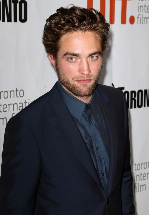 Robert Pattinson Dating FKA Twigs At TIFF - Hooking Up With New Girlfriend? (PHOTOS)